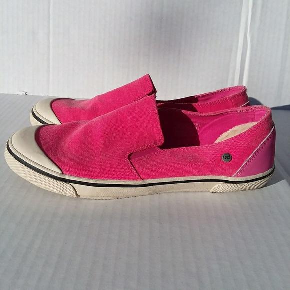 e69056ea278 UGG Warlley slip on hot pink sneaker size 6